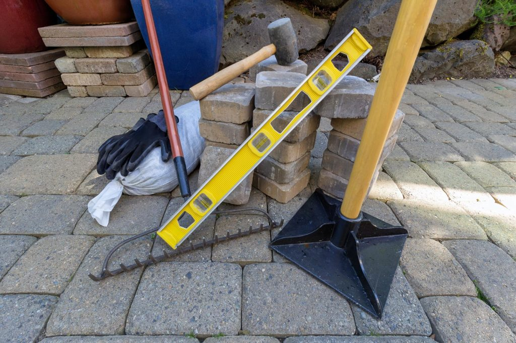 landscaping concrete masonry tools